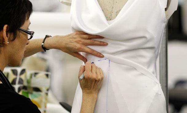 izdelava-porocne-obleke